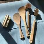 木製キッチンツールをメンテナンス